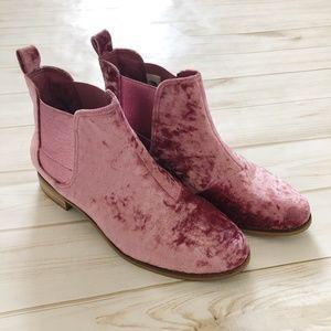 TOMS Ella Pink Velvet Ankle Bootie